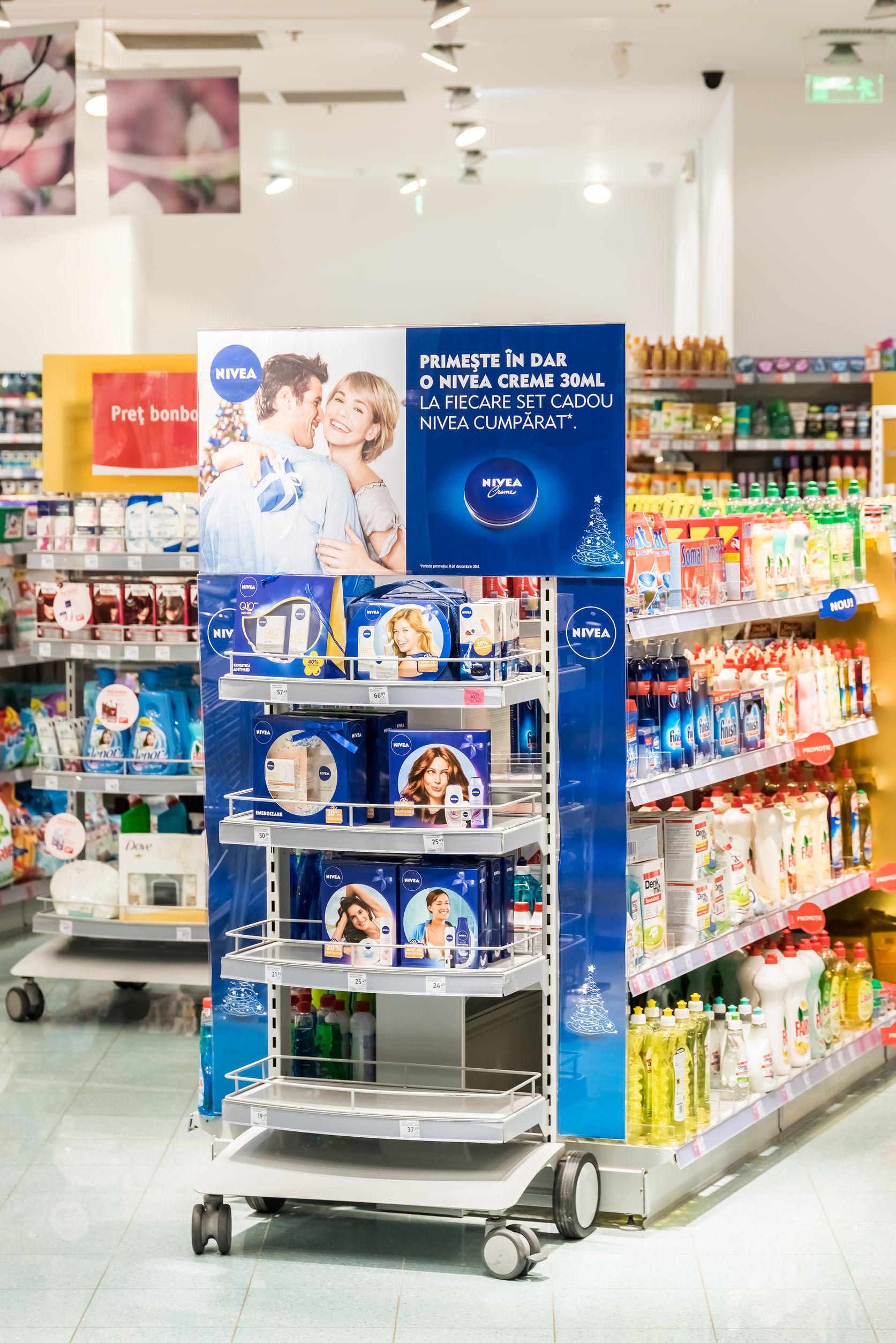 In_Store_Marketing_2._.jpg
