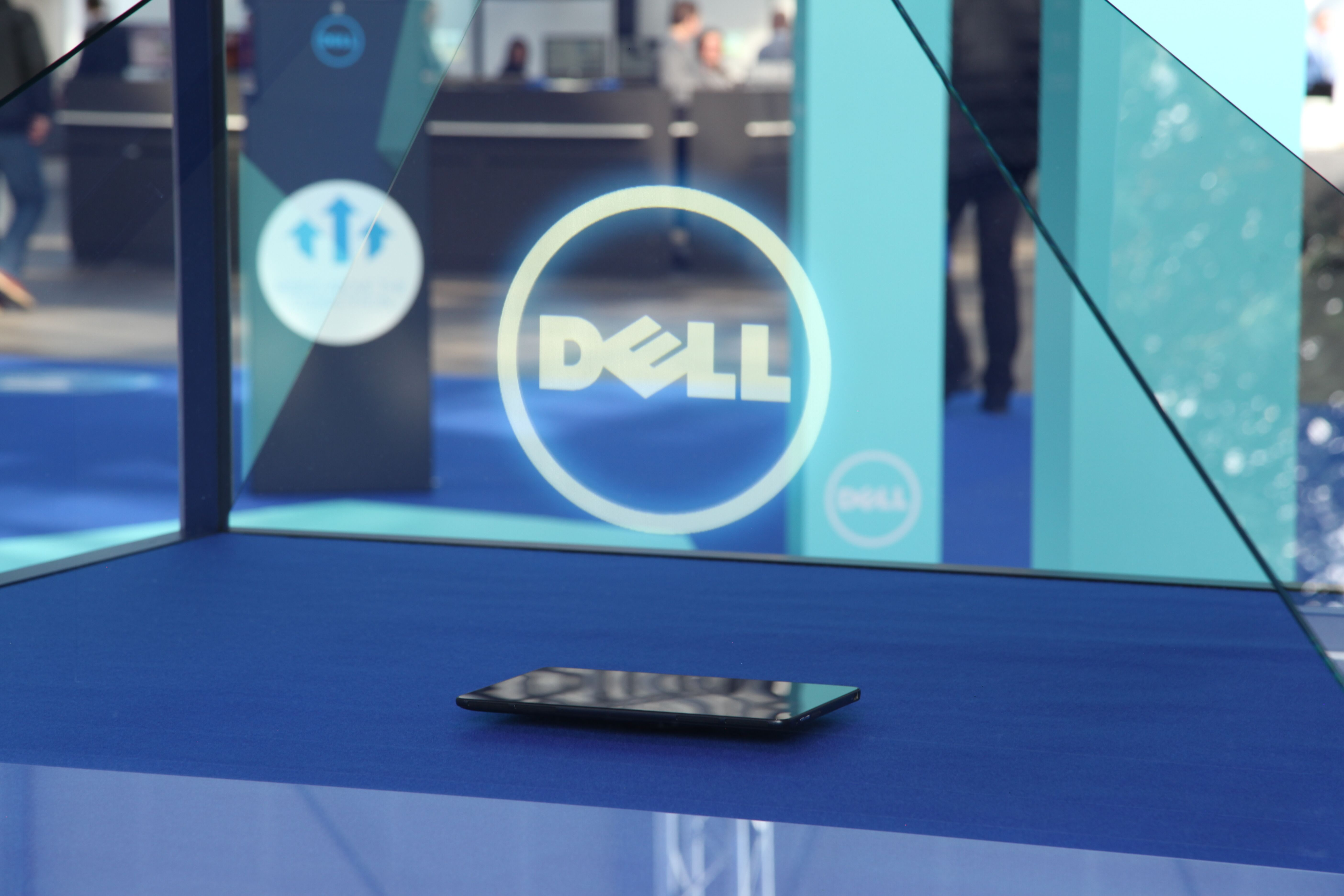 Dell at FRS 2015 Dreamoc 3D holographic display
